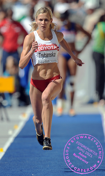 MALGORZATA TRYBANSKA (POLAND) COMPETES IN TRIPLE JUMP WOMEN QUALIFICATION ON THE OLYMPIC STADION ( OLIMPIASTADION ) DURING 12TH IAAF WORLD CHAMPIONSHIPS IN ATHLETICS BERLIN 2009..BERLIN , GERMANY , AUGUST 15, 2009..( PHOTO BY ADAM NURKIEWICZ / MEDIASPORT )..PICTURE ALSO AVAIBLE IN RAW OR TIFF FORMAT ON SPECIAL REQUEST.
