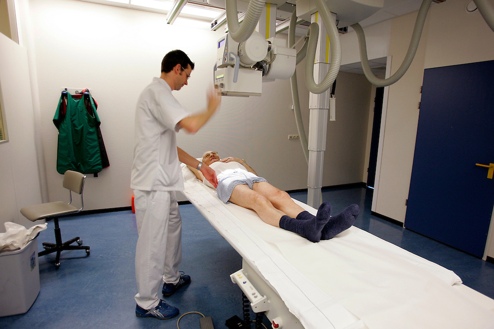 The Hague. Hospital. MCH. Medisch Centrum Haaglanden. X-ray..Photo: Gerrit de Heus