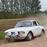 Car 102 Andrew Buzzard Robb Lyne Alfa Romeo Giulia Sprint GTV