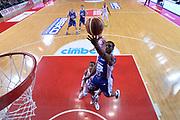 DESCRIZIONE : Varese Lega A 2013-14 Cimberio Varese Acqua Vitasnella Cantu<br /> GIOCATORE : Joe Ragland<br /> CATEGORIA : Tiro Penetrazione Special<br /> SQUADRA : Acqua Vitasnella Cantu<br /> EVENTO : Campionato Lega A 2013-2014<br /> GARA : Cimberio Varese Acqua Vitasnella Cantu<br /> DATA : 15/12/2013<br /> SPORT : Pallacanestro <br /> AUTORE : Agenzia Ciamillo-Castoria/G.Cottini<br /> Galleria : Lega Basket A 2013-2014  <br /> Fotonotizia : Varese Lega A 2013-14 Cimberio Varese Acqua Vitasnella Cantu<br /> Predefinita :