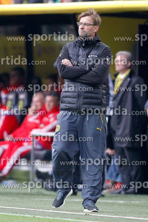 04.04.2015, Signal Iduna Park, Dortmund, GER, 1. FBL, Borussia Dortmund vs FC Bayern Muenchen, 27. Runde, im Bild Trainer Juergen Klopp (Borussia Dortmund) // during the German Bundesliga 27th round match between Borussia Dortmund and FC Bayern Muenchen at the Signal Iduna Park in Dortmund, Germany on 2015/04/04. EXPA Pictures &copy; 2015, PhotoCredit: EXPA/ Eibner-Pressefoto/ Sch&uuml;ler<br /> <br /> *****ATTENTION - OUT of GER*****