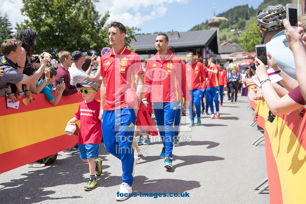 Aritz Aduriz of Spain arrives at Lowen Hotel, Schruns, Austria.<br /> Picture by EXPA Pictures/Focus Images Ltd 07814482222<br /> 26/05/2016<br /> ***UK &amp; IRELAND ONLY***<br /> EXPA-GRO-160526-5001.jpg