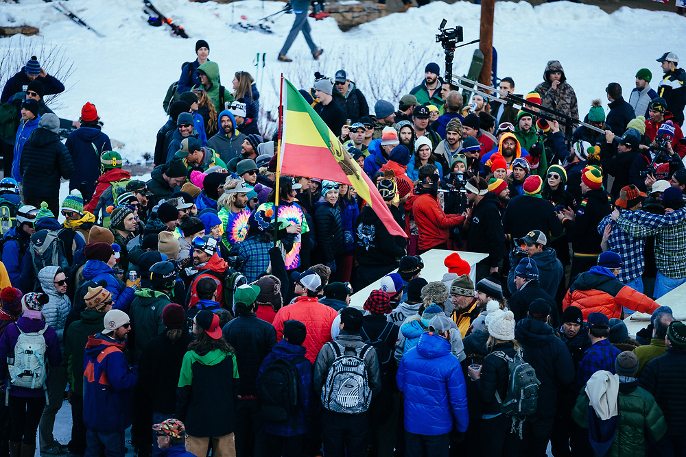 Spectators watch as beers get served during the 2015 Gelande Quaff.