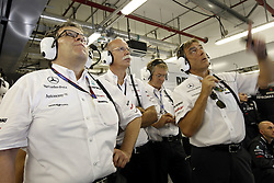 Motorsports / Formula 1: World Championship 2010, GP of Abu Dhabi,  Norbert Haug (GER, Mercedes GP Petronas), Dr. Dieter Zetsche (Chairman of the Board of Management of Daimler AG, Head of Mercedes-Benz Cars),