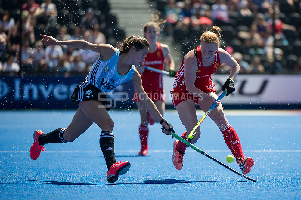 Nicola White. England v Argentina, Lee Valley Hockey and Tennis Centre, London, England on 10 June 2017. Photo: Simon Parker