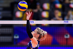 12.06.2018, Porsche Arena, Stuttgart<br /> Volleyball, Volleyball Nations League, Türkei / Tuerkei vs. Niederlande<br /> <br /> Zuspiel Laura Dijkema (#14 NED)<br /> <br /> Foto: Conny Kurth / www.kurth-media.de