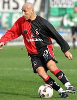 Fotball<br /> Argentina<br /> 02.08.2003<br /> Banfield v Newells<br /> Pablo Guiazu<br /> Foto: Digitalsport