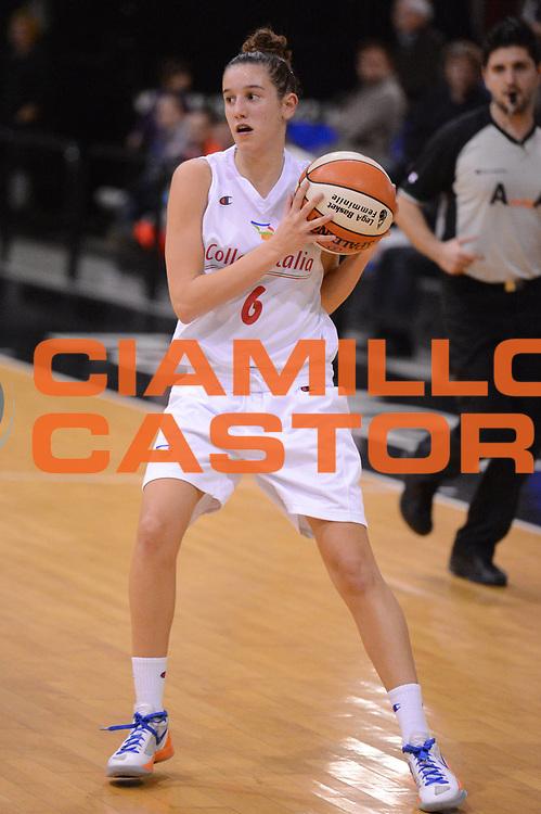 DESCRIZIONE : Roma Basket Campionato Italiano Femminile serie B 2012-2013<br />  College Italia  Gruppo L.P.A. Ariano Irpino<br /> GIOCATORE : Chiabotto Elisa<br /> CATEGORIA : difesa equilibrio<br /> SQUADRA : College Italia<br /> EVENTO : College Italia 2012-2013<br /> GARA : College Italia  Gruppo L.P.A. Ariano Irpino<br /> DATA : 03/11/2012<br /> CATEGORIA : palleggio<br /> SPORT : Pallacanestro <br /> AUTORE : Agenzia Ciamillo-Castoria/GiulioCiamillo<br /> Galleria : Fip Nazionali 2012<br /> Fotonotizia : Roma Basket Campionato Italiano Femminile serie B 2012-2013<br />  College Italia  Gruppo L.P.A. Ariano Irpino<br /> Predefinita :