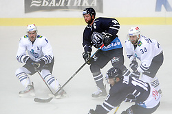 28.08.2015, Dom Sportova, Zagreb, CRO, KHL League, KHL Medvescak vs Admiral Vladivostok, 2. Runde, im Bild Denis Osipov, Mike Glumac, Viktor Alexandrov. // during the Kontinental Hockey League, 2nd round match between KHL Medvescak and Admiral Vladivostok at the Dom Sportova in Zagreb, Croatia on 2015/08/28. EXPA Pictures © 2015, PhotoCredit: EXPA/ Pixsell/ Goran Jakus<br /> <br /> *****ATTENTION - for AUT, SLO, SUI, SWE, ITA, FRA only*****