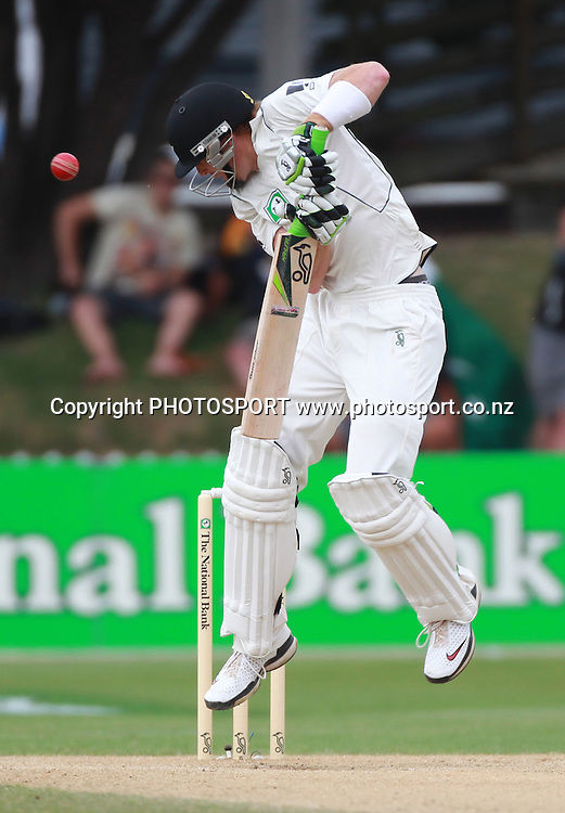Martin Guptill avoids a bouncer on Day 4 of the 2nd test match.  New Zealand Black Caps v Pakistan, Test Match Cricket. Basin Reserve, Wellington, New Zealand. Tuesday 18 January 2011. Photo: Andrew Cornaga/photosport.co.nz
