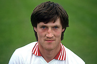 Damien McMurray, footballer, Derry & Magherafelt GAA, N Ireland, 19850708DMM..Copyright Image from Victor Patterson, 54 Dorchester Park, Belfast, UK, BT9 6RJ..Tel: +44 28 9066 1296.Mob: +44 7802 353836.Voicemail +44 20 8816 7153.Skype: victorpattersonbelfast.Email: victorpatterson@me.com.Email: victorpatterson@ireland.com (back-up)..IMPORTANT: If you wish to use this image or any other of my images please go to www.victorpatterson.com and click on the Terms & Conditions. Then contact me by email or phone with the reference number(s) of the image(s) concerned.