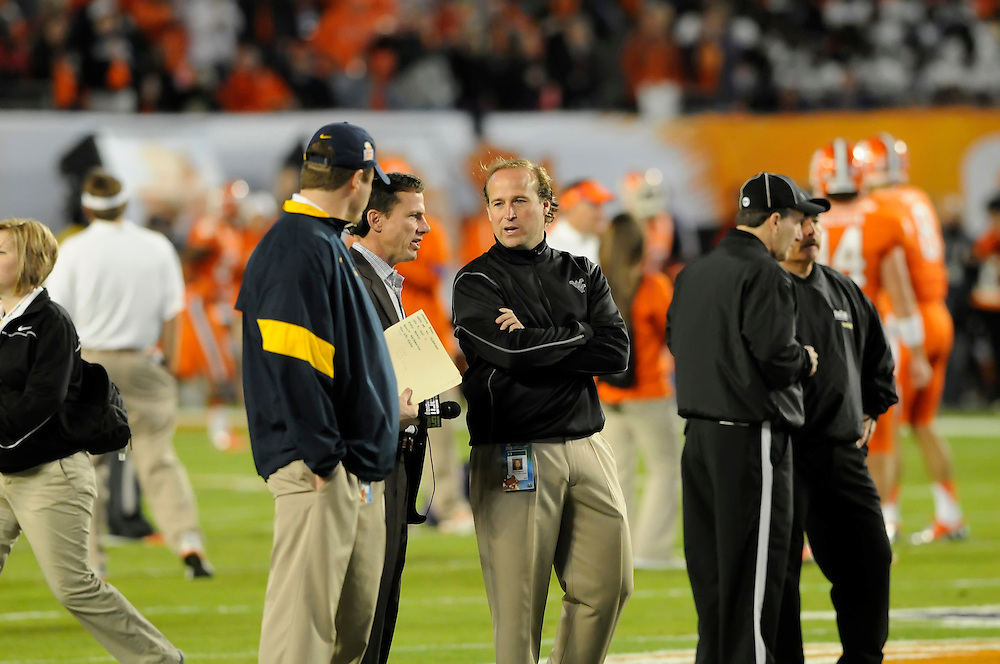 January 4, 2012: West Virginia Mountaineers and the Clemson Tigers at the 2012 Discover Orange Bowl at Sun Life Stadium in Miami Gardens, Florida.