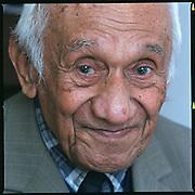 09-02-2001-Nederland-Boven Smilde (DR), 'Opa'<br /> Rugebregt 91 jaar de oudste inwoner van de Molukse gemeenschap.<br /> Foto: Sake Elzinga
