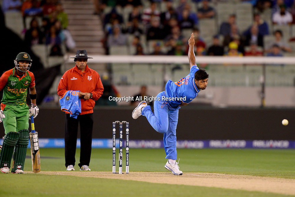 Umesh Yadav (Ind)<br /> India vs Bangladesh / Qtr Final 2<br /> 2015 ICC Cricket World Cup<br /> MCG / Melbourne Cricket Ground <br /> Melbourne Victoria Australia<br /> Thursday 19 March 2015<br /> &copy; Sport the library / Jeff Crow