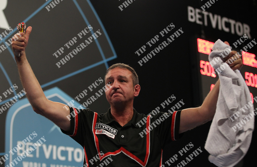 PDC WORLD MATCHPLAY 2014,BRENDON DOLAN<br /> PIC CHRIS SARGEANT,<br /> TIPTOPPICS
