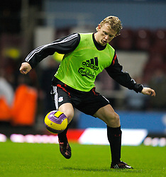 LONDON, ENGLAND - Wednesday, January 30, 2008: Liverpool's Dirk Kuyt warms-up before the Premiership match against West Ham United at Upton Park. (Photo by David Rawcliffe/Propaganda)