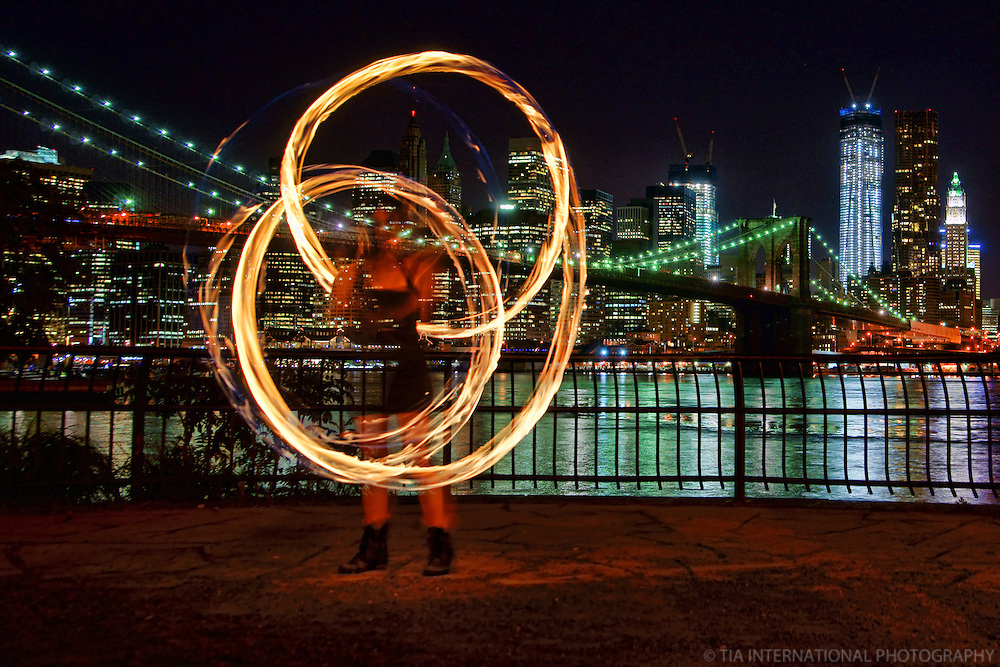 NYC - Fire Spinner @ Dumbo Park, Brooklyn