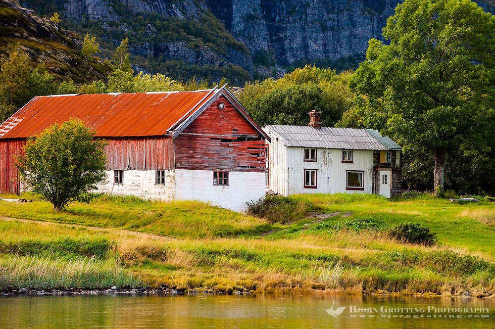 Norway, Trondelag. Simavik, a roadless location in Stokksund. Old farmhouse.