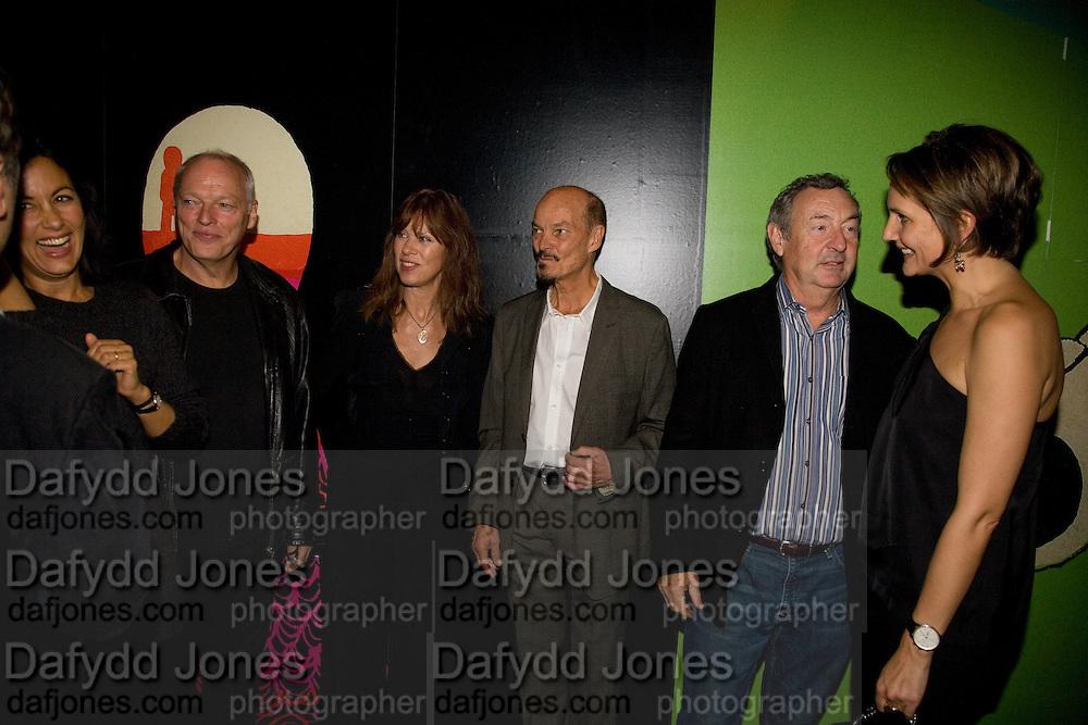 POLLY SAMPSON; DAVID GILMOUR; NETTIE MASON; ALAN ALDRIDGE; NICK MASON; SAFFRON ALDRIDGE, Exhibition opening ' Alan Aldridge- The Man With Kaleidoscope Eyes' hosted by his daughter Saffron Aldridge. Design Museum. Shad Thames. London  SE1. *** Local Caption *** -DO NOT ARCHIVE -Copyright Photograph by Dafydd Jones. 248 Clapham Rd. London SW9 0PZ. Tel 0207 820 0771. www.dafjones.com