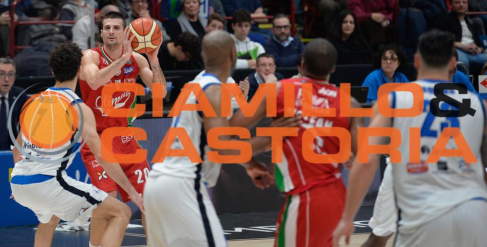 Cinciarini Andrea<br /> Olimpia EA7 Emporio Armani Milano vs Basket Leonessa Brescia<br /> Lega A 2016/2017<br /> Milano 12/02/2017<br /> Foto Ciamillo-Castoria
