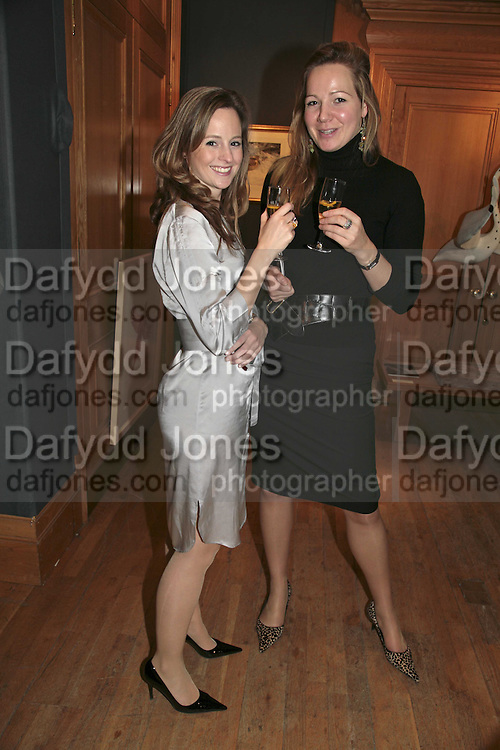 Olivia Cazenove and Laura Linnell, Reception and auction of Wildlife and Sporting Art in aid of the game Conservancy Trust. Christie's. King St. London W1. 12 December 2006. ONE TIME USE ONLY - DO NOT ARCHIVE  © Copyright Photograph by Dafydd Jones 248 CLAPHAM PARK RD. LONDON SW90PZ.  Tel 020 7733 0108 www.dafjones.com