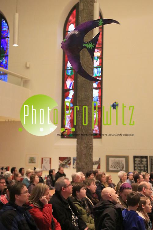 Mannheim. 15.02.14  Neckarau. Matth&auml;uskirche. Augenschmaus. Ausstellung von Sch&uuml;lerarbeiten.<br /> <br /> Bild: Markus Pro&szlig;witz 15FEB14 / masterpress / images4.de