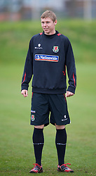 SWANSEA, WALES - Monday, March 30, 2009: Wales' Under-21 Simon Church training at the Glamorgan Health & Racquets Club ahead of the UEFA Under-21 Championship Qualifying group 3 match. (Photo by David Rawcliffe/Propaganda)