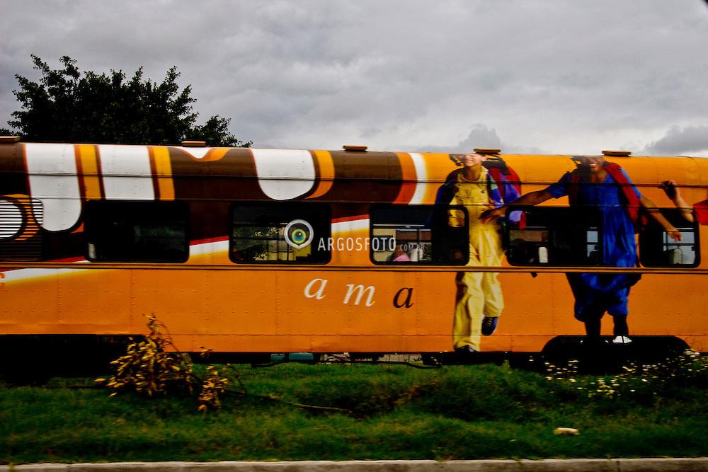Trem/Train.Foto Joaquin Sarmiento/Argosfoto