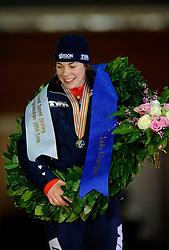 10-02-2008 SCHAATSEN: ISU WERELDKAMPIOENSCHAPPEN ALLROUND: BERLIJN <br /> Wereldkampioen Paulien van Deutekom <br /> ©2008-WWW.FOTOHOOGENDOORN.NL