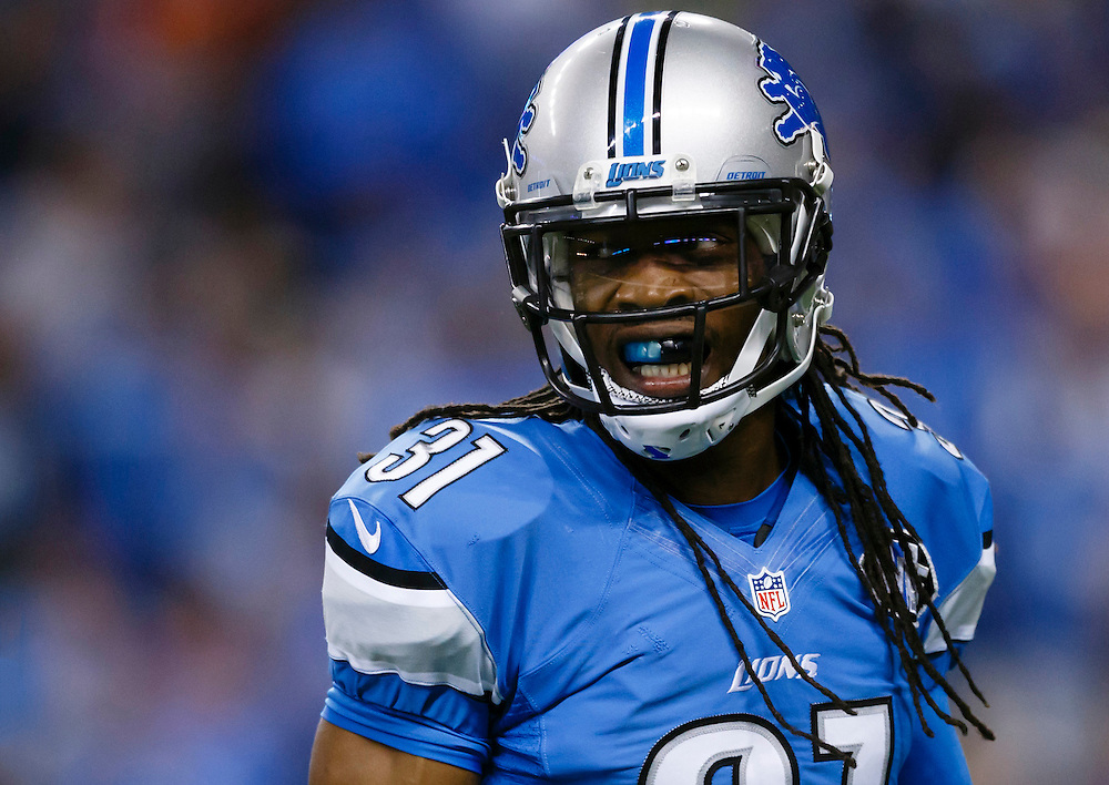 Detroit Lions cornerback Rashean Mathis (31) reacts against the Denver Broncos during an NFL football game at Ford Field in Detroit, Sunday, Sept. 27, 2015. (AP Photo/Rick Osentoski)