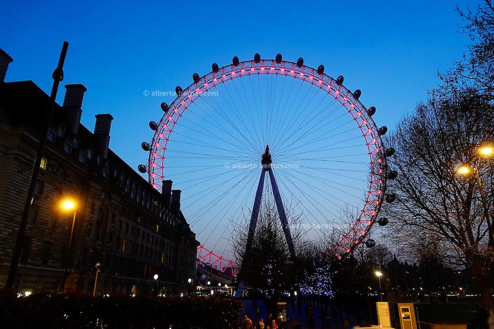 London, London eye
