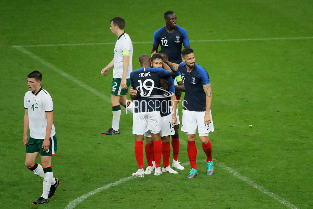 Nabil FEKIR (FRA) scored the second goal and celebrated it with Djibril SIDIBE (FRA), Olivier GIROUD (FRA), Blaise MATUIDI (FRA), Benjamin MENDY (FRA) during the FIFA Friendly Game football match between France and Republic of Ireland on May 28, 2018 at Stade de France in Saint-Denis near Paris, France - Photo Stephane Allaman / ProSportsImages / DPPI