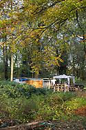 Foto: Gerrit de Heus. Hoofddorp 17-11-2014. Roy woont in het bos.