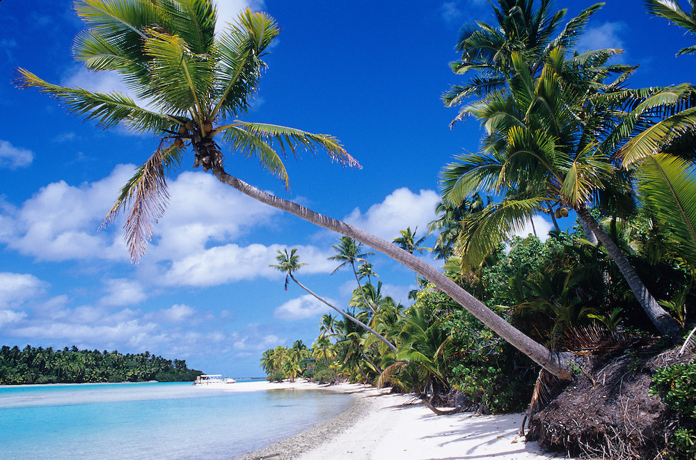 Cook Islands, K?ki '?irani, South Pacific Ocean, Aitutaki, One Foot Island, scenic beach
