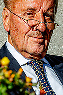 DEN HAAG - Thierry Baudet en theo hiddema forum voor democratie  Thierry Henri Philippe Baudet is een Nederlands politicus, auteur en jurist. In 2015 richtte hij Forum voor Democratie op als denktank; in 2016 werd FvD omgevormd tot politieke partij met Baudet als politiek leider. theo Upt Hiddema is een Nederlands advocaat en politicus. Sinds 23 maart 2017 is hij lid van de Tweede Kamer der Staten-Generaal namens Forum voor Democratie ROBIN UTRECHT<br /> politiek partij