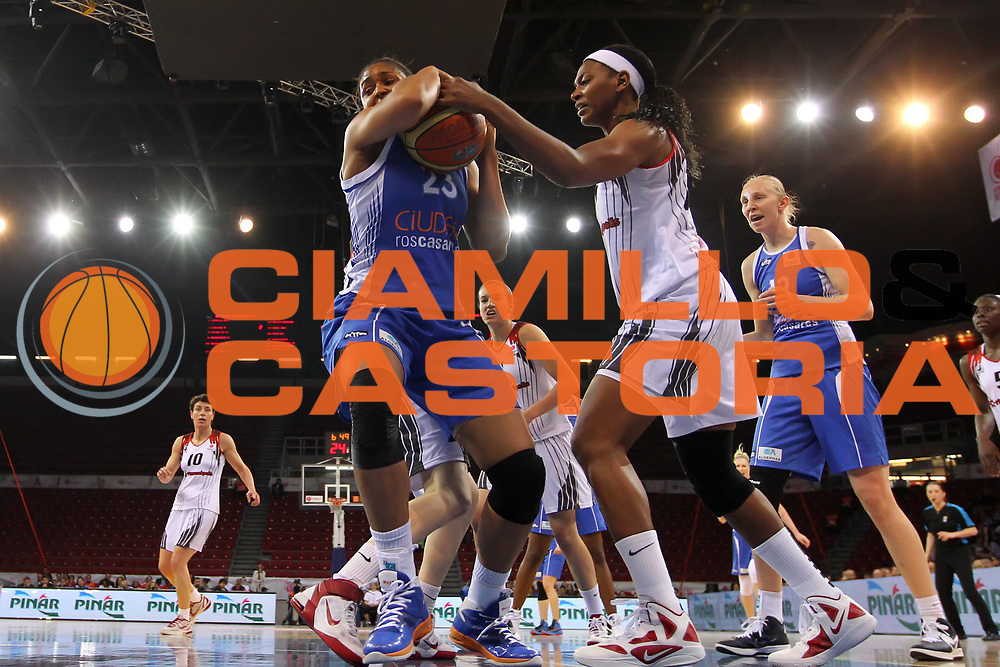 DESCRIZIONE : Istanbul Fiba Europe Euroleague Women 2011-2012 Final Eight Final Rivas Ecopolis Ros Casares Valencia<br /> GIOCATORE : Maya Moore<br /> SQUADRA : Ros Casares Valencia<br /> EVENTO : Euroleague Women<br /> 2011-2012<br /> GARA : Rivas Ecopolis Ros Casares Valencia<br /> DATA : 01/04/2012<br /> CATEGORIA : <br /> SPORT : Pallacanestro <br /> AUTORE : Agenzia Ciamillo-Castoria/ElioCastoria<br /> Galleria : Fiba Europe Euroleague Women 2011-2012 Final Eight<br /> Fotonotizia : Istanbul Fiba Europe Euroleague Women 2011-2012 Final Eight Final Rivas Ecopolis Ros Casares Valencia<br /> Predefinita :