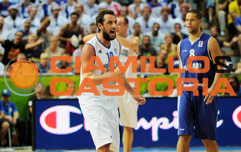 DESCRIZIONE : Capodistria Koper Slovenia Eurobasket Men 2013 Preliminary Round Finlandia Italia Finland Italy<br /> GIOCATORE : Marco Belinelli<br /> CATEGORIA : esultanza<br /> SQUADRA : Italia<br /> EVENTO : Eurobasket Men 2013<br /> GARA : Finlandia Italia Finland Italy<br /> DATA : 07/09/2013 <br /> SPORT : Pallacanestro&nbsp;<br /> AUTORE : Agenzia Ciamillo-Castoria/N. Dalla Mura<br /> Galleria : Eurobasket Men 2013 <br /> Fotonotizia : Capodistria Koper Slovenia Eurobasket Men 2013 Preliminary Round Finlandia Italia Finland Italy