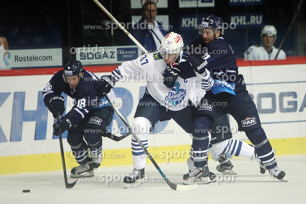 28.08.2015, Dom Sportova, Zagreb, CRO, KHL League, KHL Medvescak vs Admiral Vladivostok, 2. Runde, im Bild Tuukka Mantyla, Oskars Bartulis, Stefano Giliati. // during the Kontinental Hockey League, 2nd round match between KHL Medvescak and Admiral Vladivostok at the Dom Sportova in Zagreb, Croatia on 2015/08/28. EXPA Pictures &copy; 2015, PhotoCredit: EXPA/ Pixsell/ Goran Jakus<br /> <br /> *****ATTENTION - for AUT, SLO, SUI, SWE, ITA, FRA only*****
