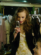 Elizabeth Jagger, Clothesline, fundraising fashion show and auction to raise money for an aids charity in Africa. chelsea Gardener, 20 September 2004. SUPPLIED FOR ONE-TIME USE ONLY-DO NOT ARCHIVE. © Copyright Photograph by Dafydd Jones 66 Stockwell Park Rd. London SW9 0DA Tel 020 7733 0108 www.dafjones.com