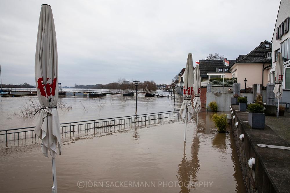 Cologne, Germany, 8. January 2018, flood of the river Rhine, district Rodenkirchen, terrace of a restaurant.<br /> <br /> K&ouml;ln, Deutschland, 8. Januar 2018, Hochwasser des Rheins, Stadtteil Rodenkirchen, Terrasse eines Restaurants.