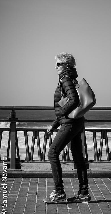La Zurriola and its People: The fashionista.