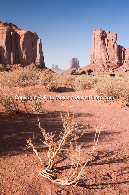 Utah, USA, October 2009. The Red earth of Monument Valley provided a desert landscape with mesa and buttes for many western movie film sets. A roadtrip through the Western United States leads us through many impressive national parks. Photo by Frits Meyst/Adventure4ever.com