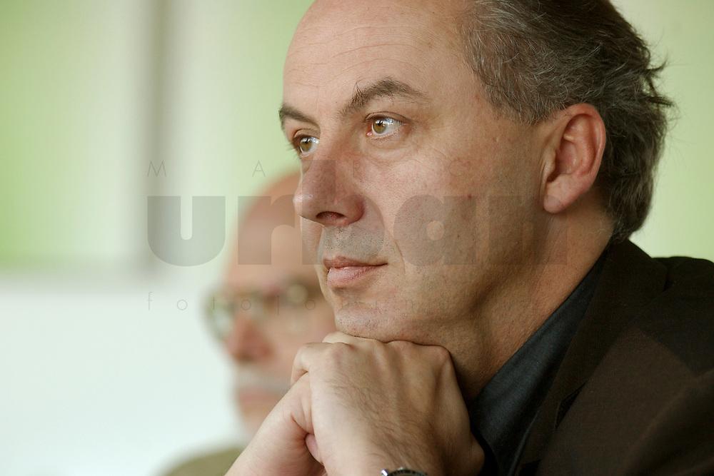 01 NOV 2002, BERLIN/GERMANY:<br /> Matthias Machnig, SPD Bundesgeschaeftsfuehrer, Workshop Strategien und Praxis in Wahlkampagnen, Sony Center<br /> IMAGE: 20021101-01-033<br /> KEYWORDS: