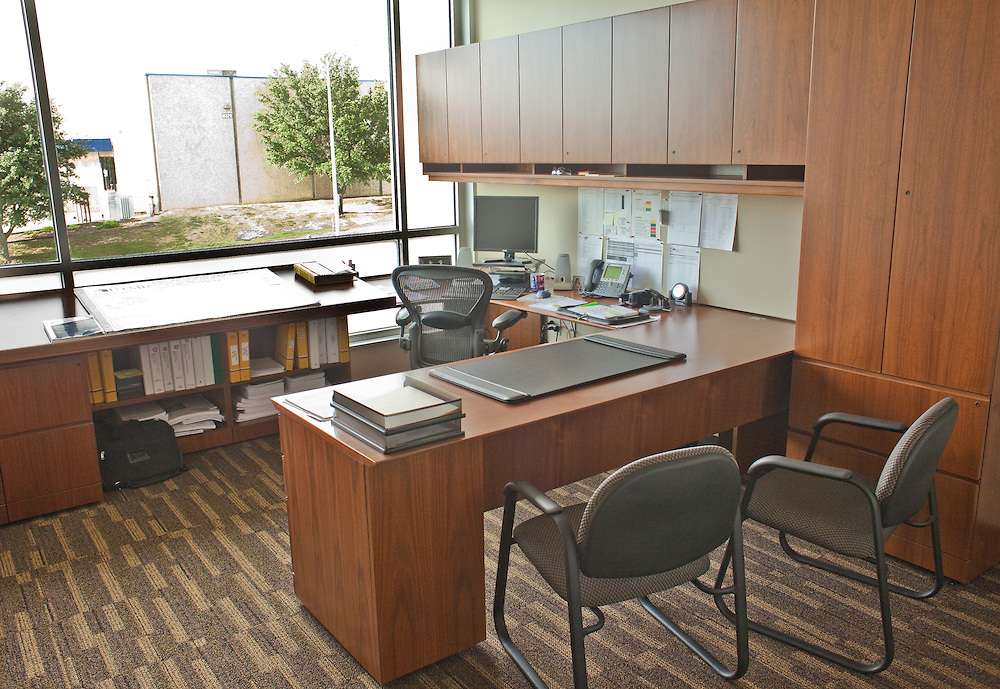 Executive Office at Hensel Phelps SW Headquarters