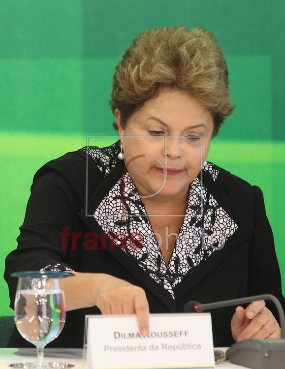 Brasilia, 08/10/2013. Presidenta Dilma Roussef durante reuniao com empresarias, no palacio do planalto. Foto: Joel Rodrigues/FRAME