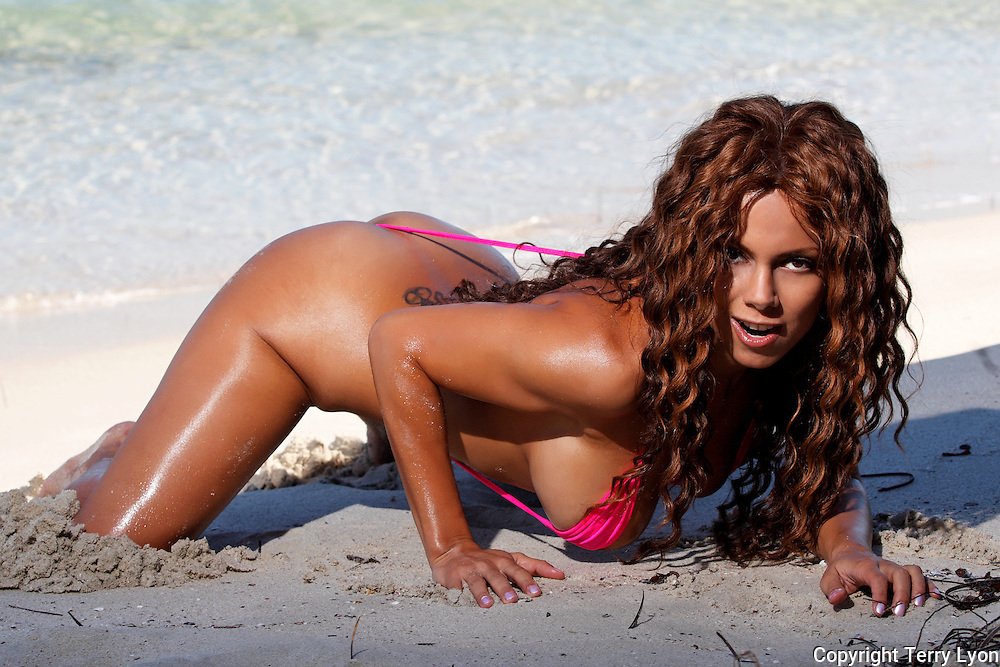 Julia Zabrodina Russian Playboy model, Terry Lyon