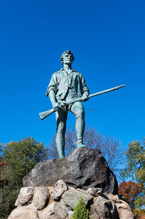 Minute Man Sculpture, Battle Green, Lexington, Massachusetts, USA.