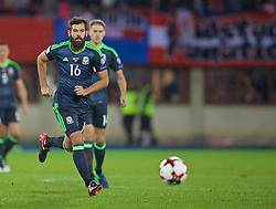 VIENNA, AUSTRIA - Thursday, October 6, 2016: Wales' Joe Ledley in action against Austria during the 2018 FIFA World Cup Qualifying Group D match at the Ernst-Happel-Stadion. (Pic by David Rawcliffe/Propaganda)