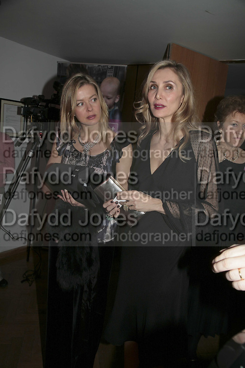 LADY HELEN TAYLOR AND ALLEGRA HICKS, 6th Annual Lanc™me Colour Designs Awards In association with CLIC Sargent Cancer Care.  Lindley Hall, Vincent Sq. London. 28 November 2006.  ONE TIME USE ONLY - DO NOT ARCHIVE  © Copyright Photograph by Dafydd Jones 248 Clapham Rd. London SW9 0PZ Tel 020 7733 0108 www.dafjones.com