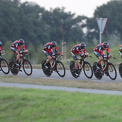 27-09-2016: Wielrennen: Olympia Tour: HardenbergHARDENBERG (NED) wielrennenNederlands oudste wielerkoers ging van start in Hardenberg met een ploegentijdrit.Team BMC